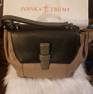 GENUINE IVANKA TRUMP SATCHAL PURSE.Genuine leather